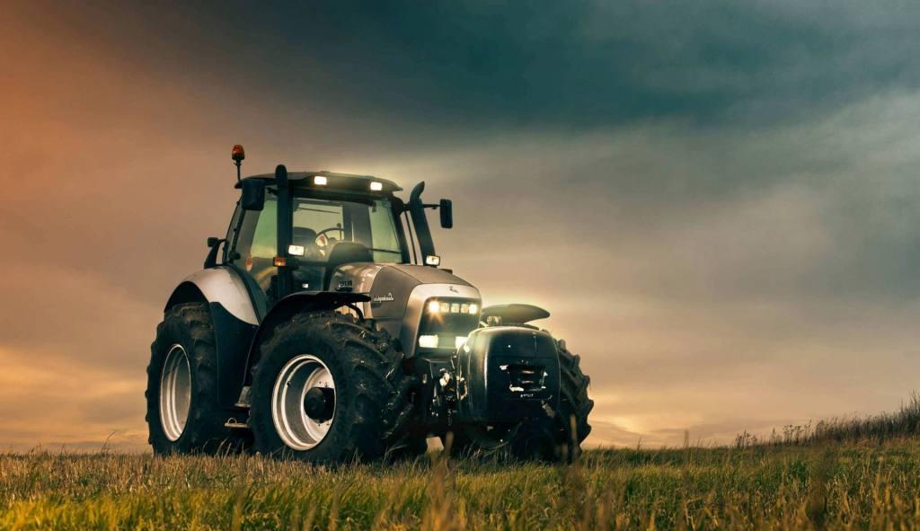 Ze-Sam-Traktor